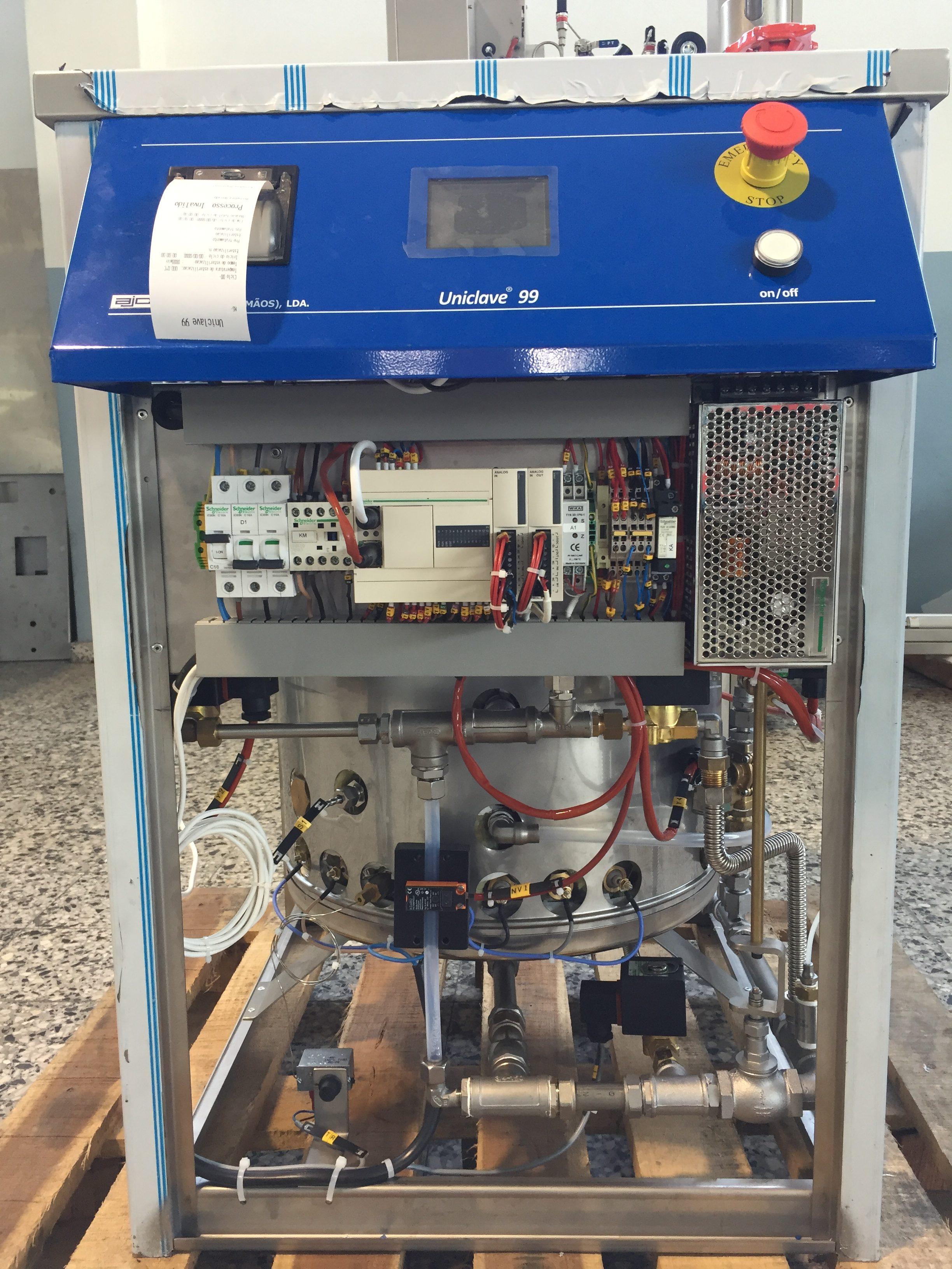 AJC - Compartiment technique Uniclave - Technic Labo