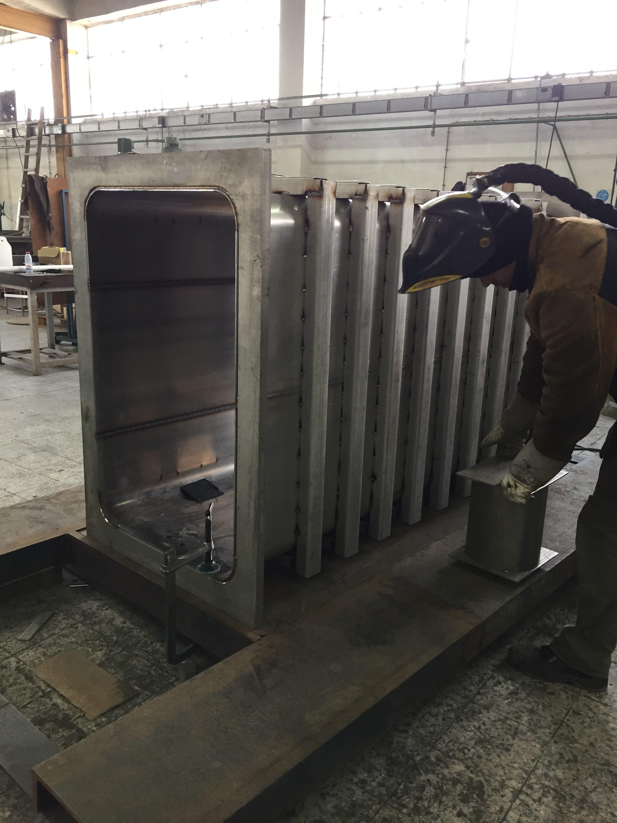 AJC - Construction